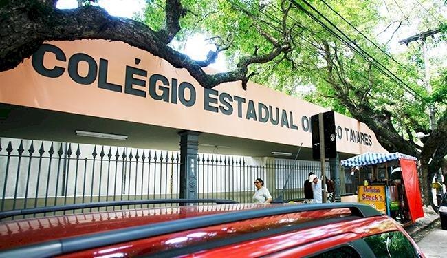 Governador da Bahia confirma fechamento do COLÉGIO ESTADUAL ODORICO TAVARES.