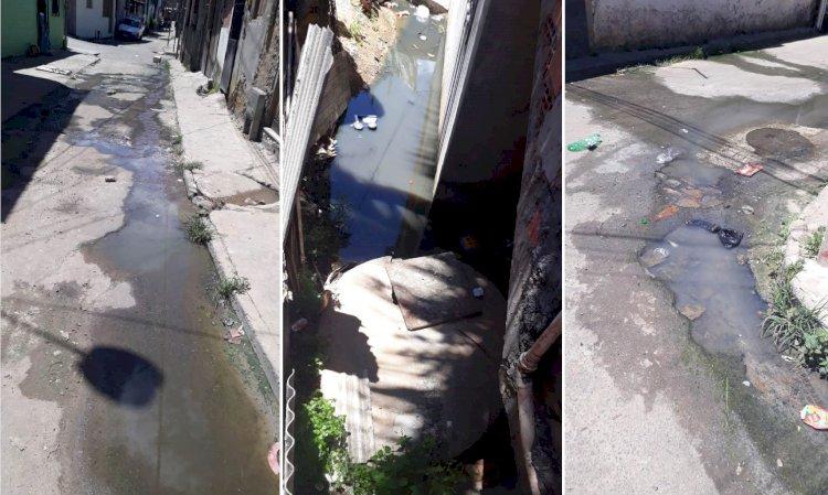 Denúncia|   Moradores da Rua São Paulo de Pau da Lima sofrem com poluição de rede de esgoto a céu aberto.