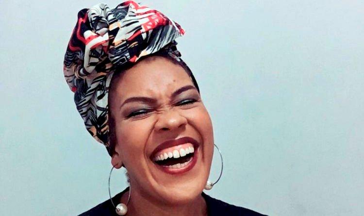 Entrevista - Tamara Florência, estudante de pedagogia e moradora de Pau da Lima fala sobre o Consciência Negra.