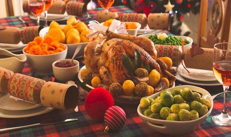Saiba aproveitar os festejos de final de ano sem excessos na alimentação.