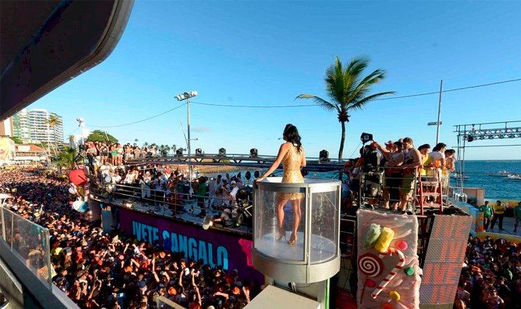 Sem carnaval de rua na Bahia, TV Aratu faz transmissão especial do SBT Folia.