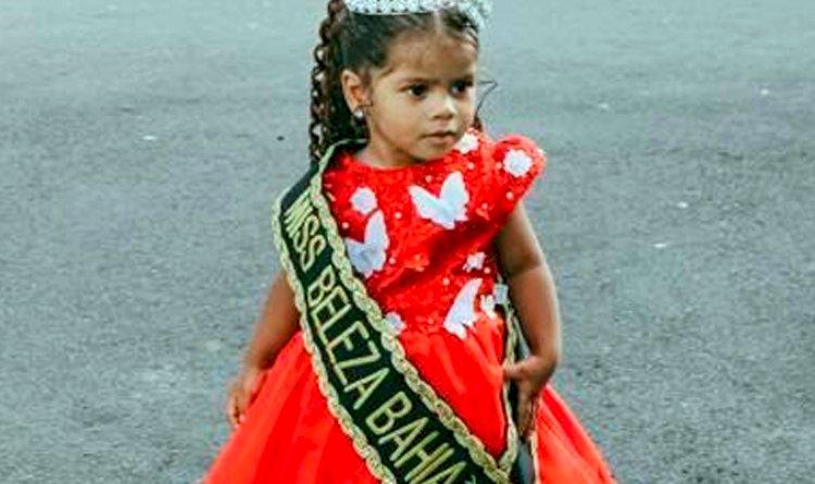 Miss Beleza Baby Bahia 2021 é Lara Vallentina, moradora da região de Pau da Lima, mas especificamente da Tabela.